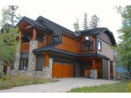 627 Silvertip Rd Canmore AB, T1W 3K8