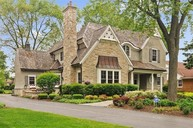 922 South Beverly Lane Arlington Heights IL, 60005