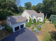 14 Brae Loch Way Shelton CT, 06484
