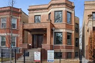 2420 West Wilson Avenue Chicago IL, 60625