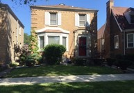 8215 South Oglesby Avenue Chicago IL, 60617