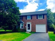 737 Buttonwood Dr Springfield PA, 19064