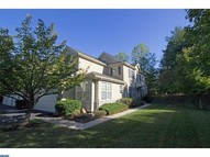 823 Creekview Dr Blue Bell PA, 19422