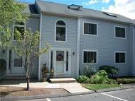 8 Morningview Dr #8 8 Cromwell CT, 06416