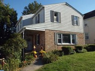 31 N Linden Ave Upper Darby PA, 19082