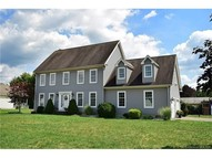 2 Coughlin Rd Manchester CT, 06040