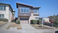 34 Hillview Ct Daly City CA, 94015