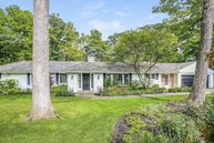 1020 East Westleigh Road Lake Forest IL, 60045