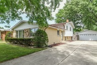 10913 South Rutherford Avenue Worth IL, 60482