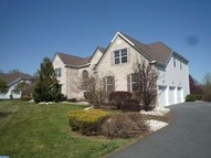 24 Sherwood Ln Columbus NJ, 08022