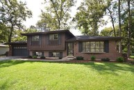 29w319 Lee Road West Chicago IL, 60185