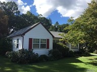 411 10th Ave East Northport NY, 11731