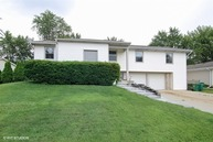 860 Silver Rock Lane Buffalo Grove IL, 60089