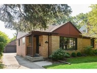 203 South I Oka Avenue Mount Prospect IL, 60056