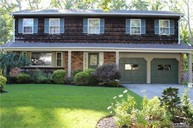 6 Roseanne Ct Nesconset NY, 11767