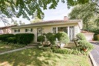 369 North Bierman Avenue Villa Park IL, 60181