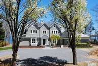 7 Sea Crest Dr Huntington NY, 11743