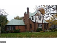 211 S Cypress Street Cambridge MN, 55008
