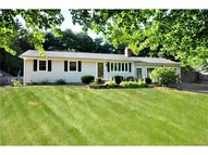 35 Alpine Dr Burlington CT, 06013