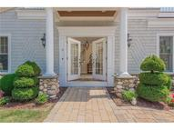8 Oakwood Rd Old Saybrook CT, 06475