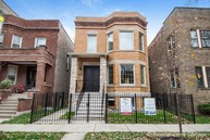 4449 North Artesian Avenue Chicago IL, 60625