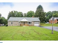4163 Oliver Ln Boothwyn PA, 19061