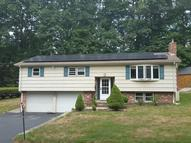 27 Mayflower Circle Leicester MA, 01524