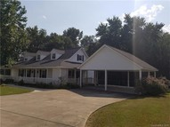 210 Olde Country Lane Wingate NC, 28174