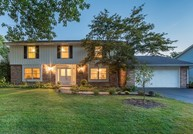 1410 Golden Bell Court Downers Grove IL, 60515