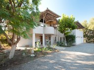 10896 Creek Road Ojai CA, 93023