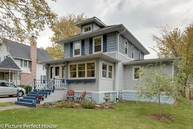 4819 Prince Street Downers Grove IL, 60515