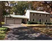 9 Gore Gable Dr Webster MA, 01570