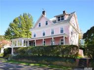 101 Brown St Sea Cliff NY, 11579