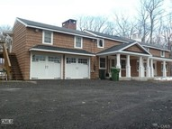 31 Old Fawn Hill Road Monroe CT, 06468
