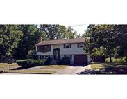 6 Radcliff Rd Wilmington MA, 01887