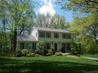 21 Old Parkwood Rd New Milford CT, 06776