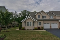 44 Sharon Dr Moosic PA, 18507