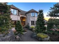 2000 Riverknoll Ct West Linn OR, 97068