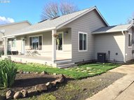 1414 S St Springfield OR, 97477