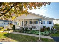 215 Dove Ct New Hope PA, 18938