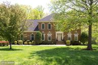 10899 Woodland Falls Dr Great Falls VA, 22066