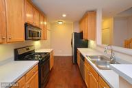 25320 Lake Mist Sq #302 Chantilly VA, 20152