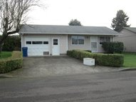 1332 Thompson Rd Woodburn OR, 97071