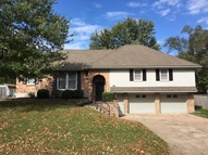 716 Choctaw St Independence MO, 64056