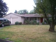 950 Ne 18th St. Gresham OR, 97030