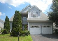 43 Fela Dr Apt 8 Parlin NJ, 08859
