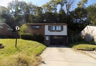 801 Colonial Manor Rd Irwin PA, 15642