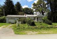 21 Federal Street Lawrence PA, 15055