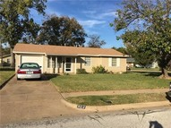 502 Bell Drive Euless TX, 76039
