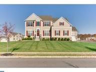 8 Discovery Dr Hightstown NJ, 08520